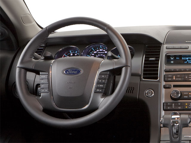 2010 Ford Taurus 4dr Car