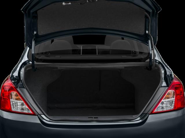 2016 Nissan Versa 4dr Car