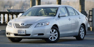 Super White 2009 Toyota Camry  4dr Car Rocky Mount NC
