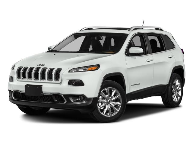 2017 Jeep Cherokee Altitude 4WD 4dr Altitude Regular Unleaded V-6 3.2 L/198 [0]