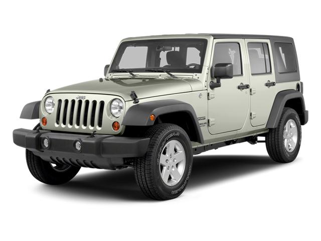 2013 Jeep Wrangler Unlimited Sahara 4WD 4dr Sahara Gas V6 3.6L/220 [19]