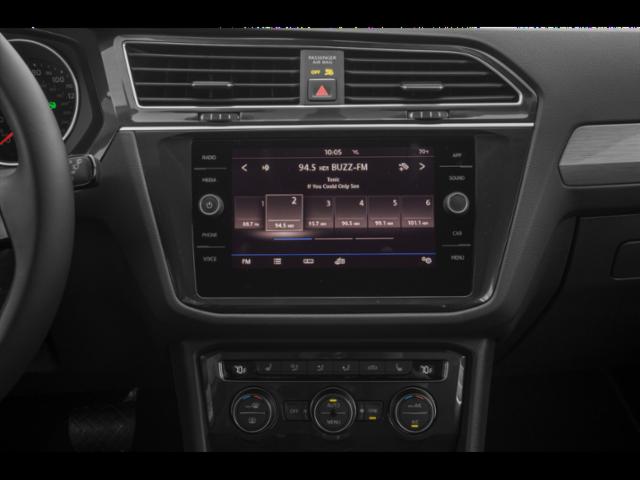 New 2020 Volkswagen Tiguan iQ Drive 2.0T 8sp at w/Tip 4M