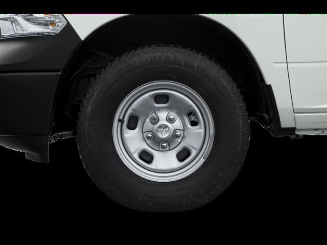 New 2019 RAM 1500 Classic 4WD QUAD CAB 6'4