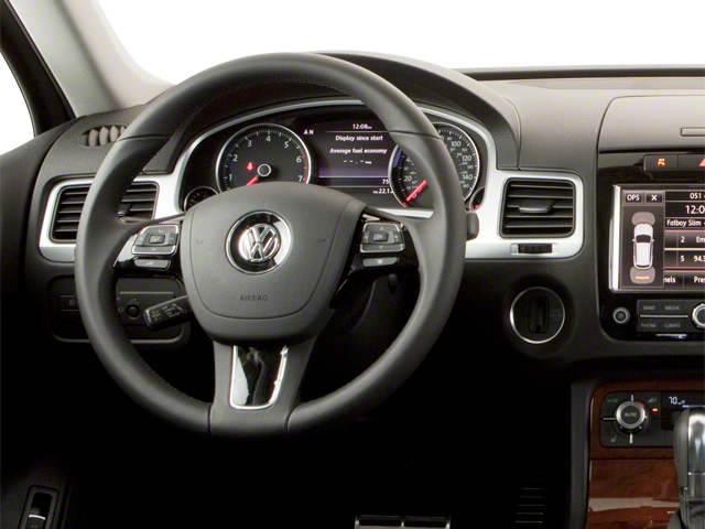 Pre-Owned 2011 Volkswagen Touareg Exec