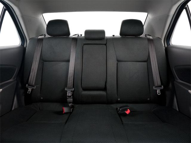 2010 Toyota Yaris 4dr Car