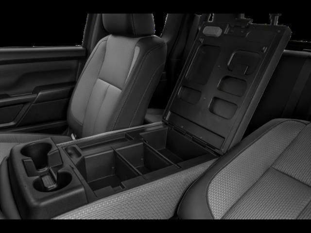 2021 Nissan Titan Standard Bed