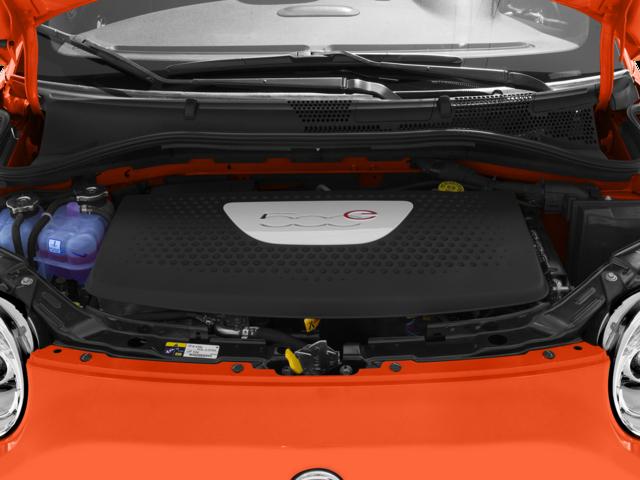 2015 Fiat 500e 2D Hatchback