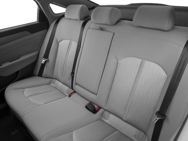 2017 Hyundai Sonata Hybrid 4dr Car