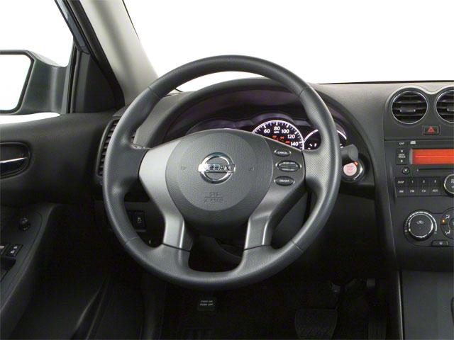 2010 Nissan Altima 4dr Car