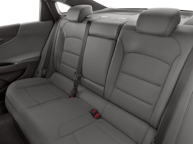 2017 Chevrolet Malibu Sedan 4 Dr.