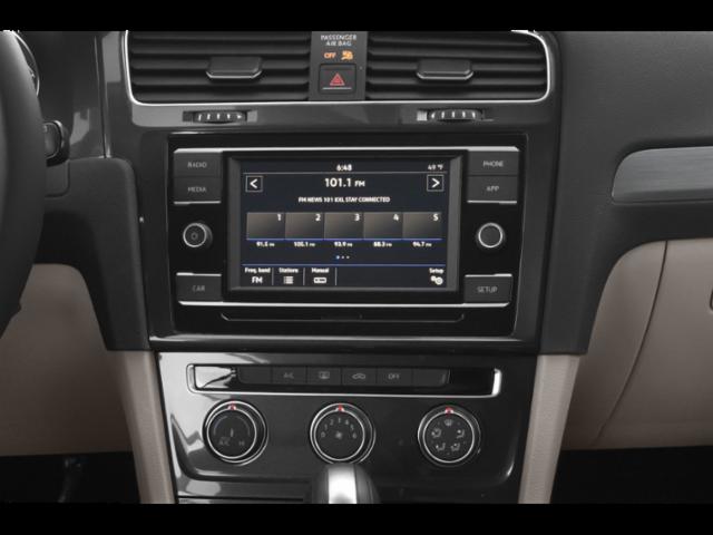 2019 Volkswagen Golf 4D Hatchback