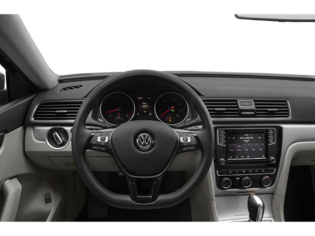 2019 Volkswagen Passat 4dr Car
