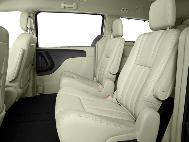 2016 Chrysler Town & Country Mini-van, Passenger