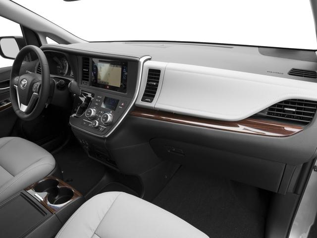 2017 Toyota Sienna Mini-van, Passenger