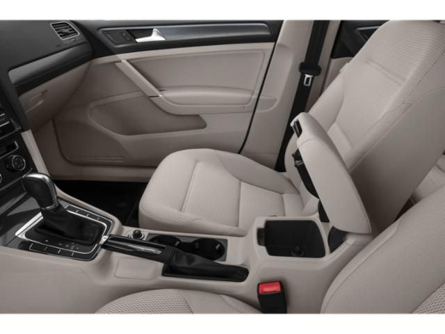 2018 Volkswagen Golf 4D Hatchback