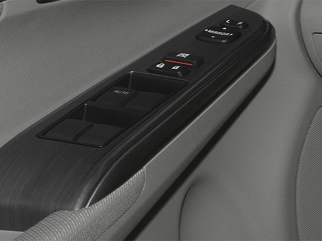 2014 Toyota Camry Hybrid 4dr Car