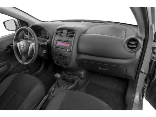 2019 Nissan Versa 4dr Car