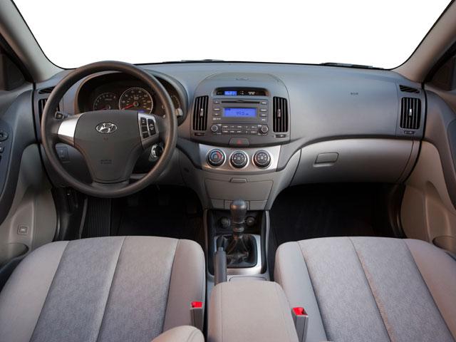 2010 Hyundai Elantra 4dr Car