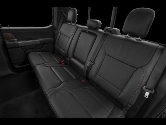 LARIAT 4WD SuperCrew 5.5' Box image