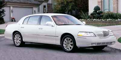 2003 Lincoln Town Car Exec