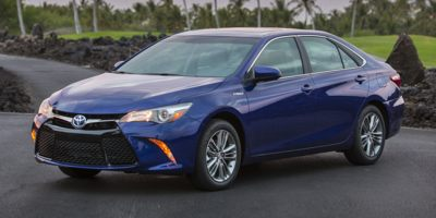 Used 2015  Toyota Camry Hybrid 4d Sedan XLE at Get Approved Quad Cities near East Moline, IL