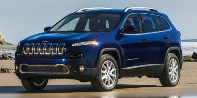 Used 2017  Jeep Cherokee 4d SUV 4WD Latitude V6 at Charbonneau Car Center near Dickinson, ND