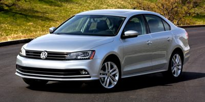 Used 2015  Volkswagen Jetta 4d Sedan SE Auto at Peters Auto Mall near High Point, NC