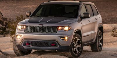 Used 2018  Jeep Grand Cherokee 4d SUV 4WD Trailhawk V6 at Charbonneau Car Center near Dickinson, ND