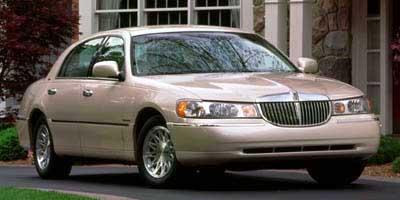 1999 Lincoln Town Car Signature  - P5856B
