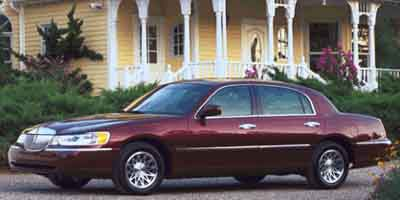 2001 Lincoln Town Car Signature  - 325385